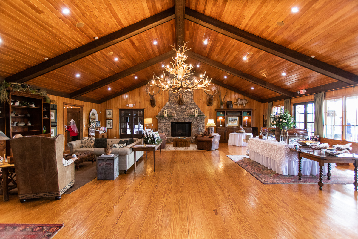 Inside Pictures of Quail Branch Lodge